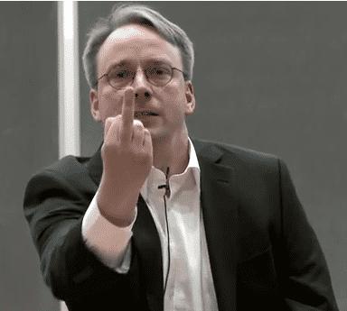 Linus Torvalds zeigte Nvidia den Stinkefinger, als er vor einigen Monaten über Nvidia geschimpft hat.
