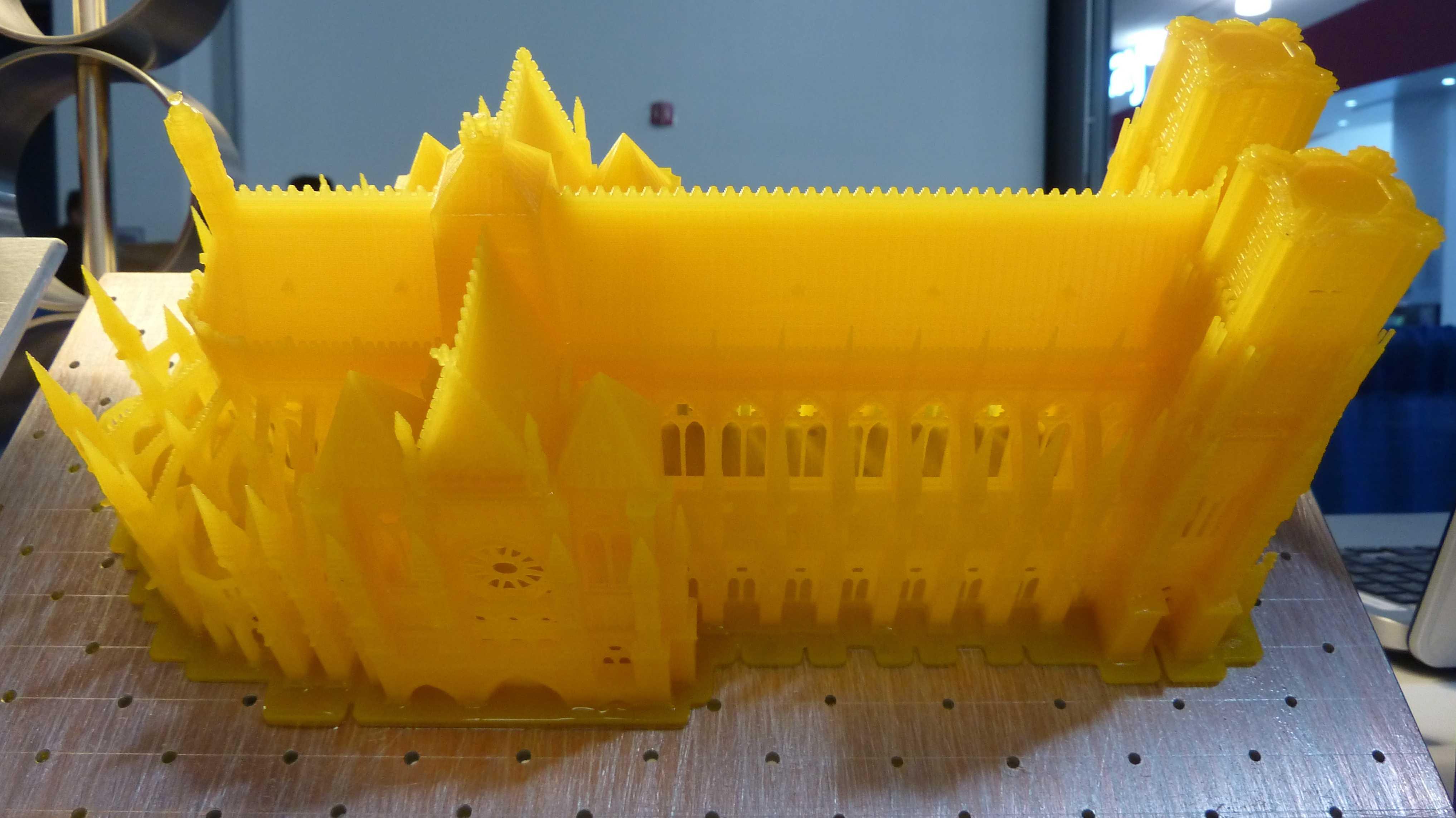 Displayweek: 3D-Drucker mit LCD als Belichtungsmaske