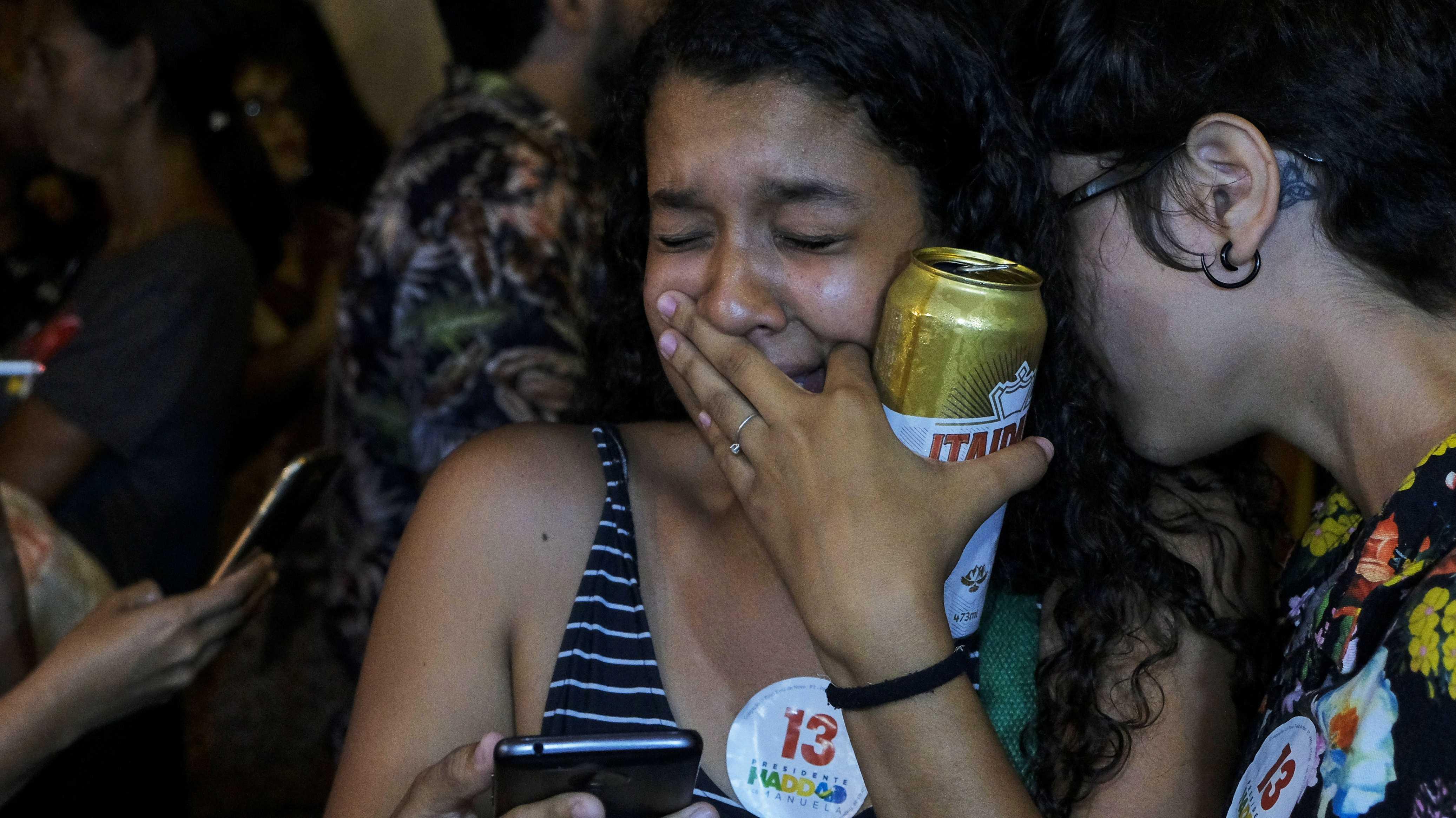Brasilien: Wie Präsident Bolsonaro WhatsApp im Wahlkampf missbrauchte