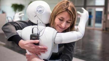Maschinen-Ethik: Vertraue mir, ich bin ein Roboter