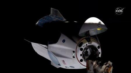 """""""Willkommen zurück im Weltraum"""": Raumfahrer aus USA an ISS angekommen"""
