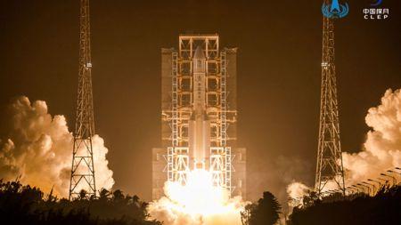 Chinas Mondflug Chang'e 5 startet erfolgreich