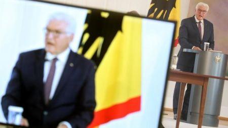 """Bundespräsident: Demokratie als """"Kollateralschaden"""" von Facebook & Co."""
