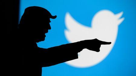 Oversight Board: Trump bleibt gesperrt, Facebook muss aber neu entscheiden