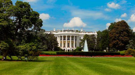 Weißes Haus nach Trump-Entscheid: Soziale Medien tragen Verantwortung