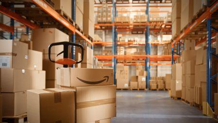 Amazon vernichtet auch in Großbritannien massenhaft Waren