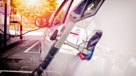 Energiekostenvergleich an Tankstellen – von Strom über Wasserstoff bis Benzin