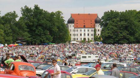Private Pkw sind in Deutschland durchschnittlich zehn Jahre alt