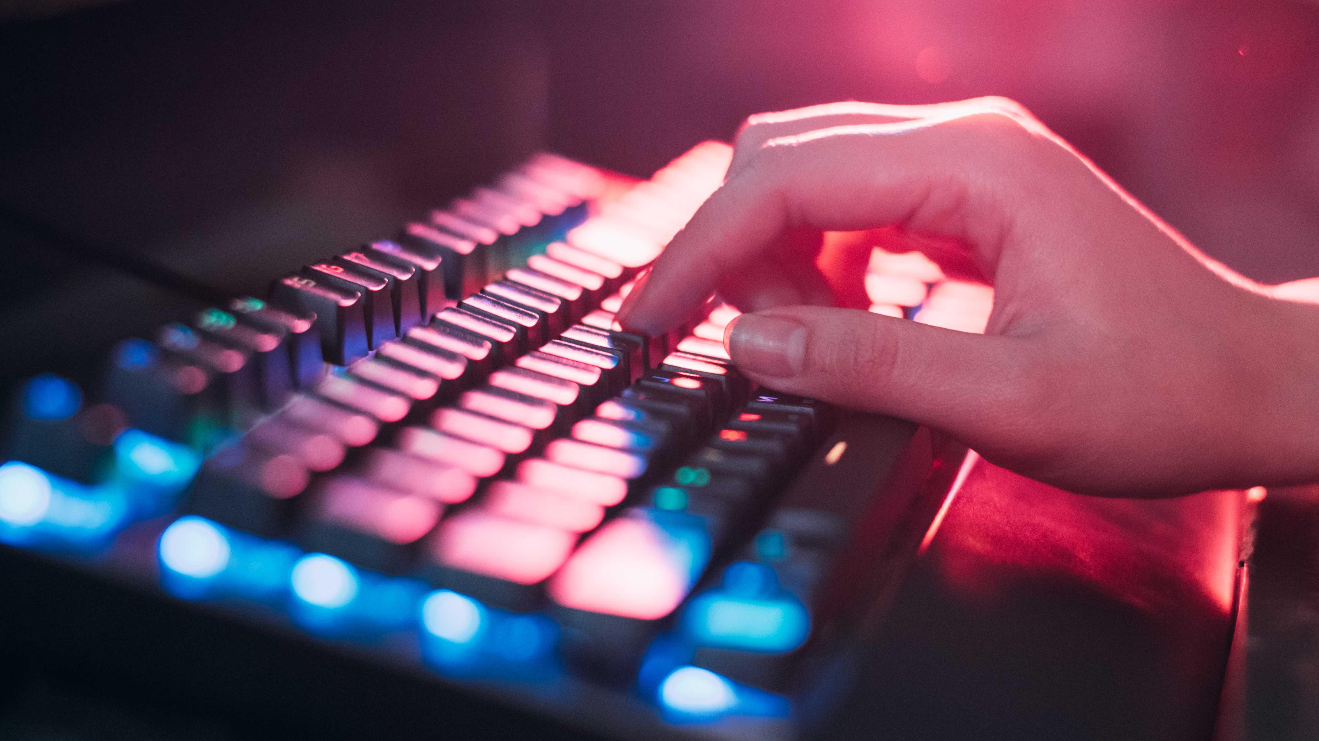 Anklage wegen Betrugs mittels elektronischer SIM-Karten