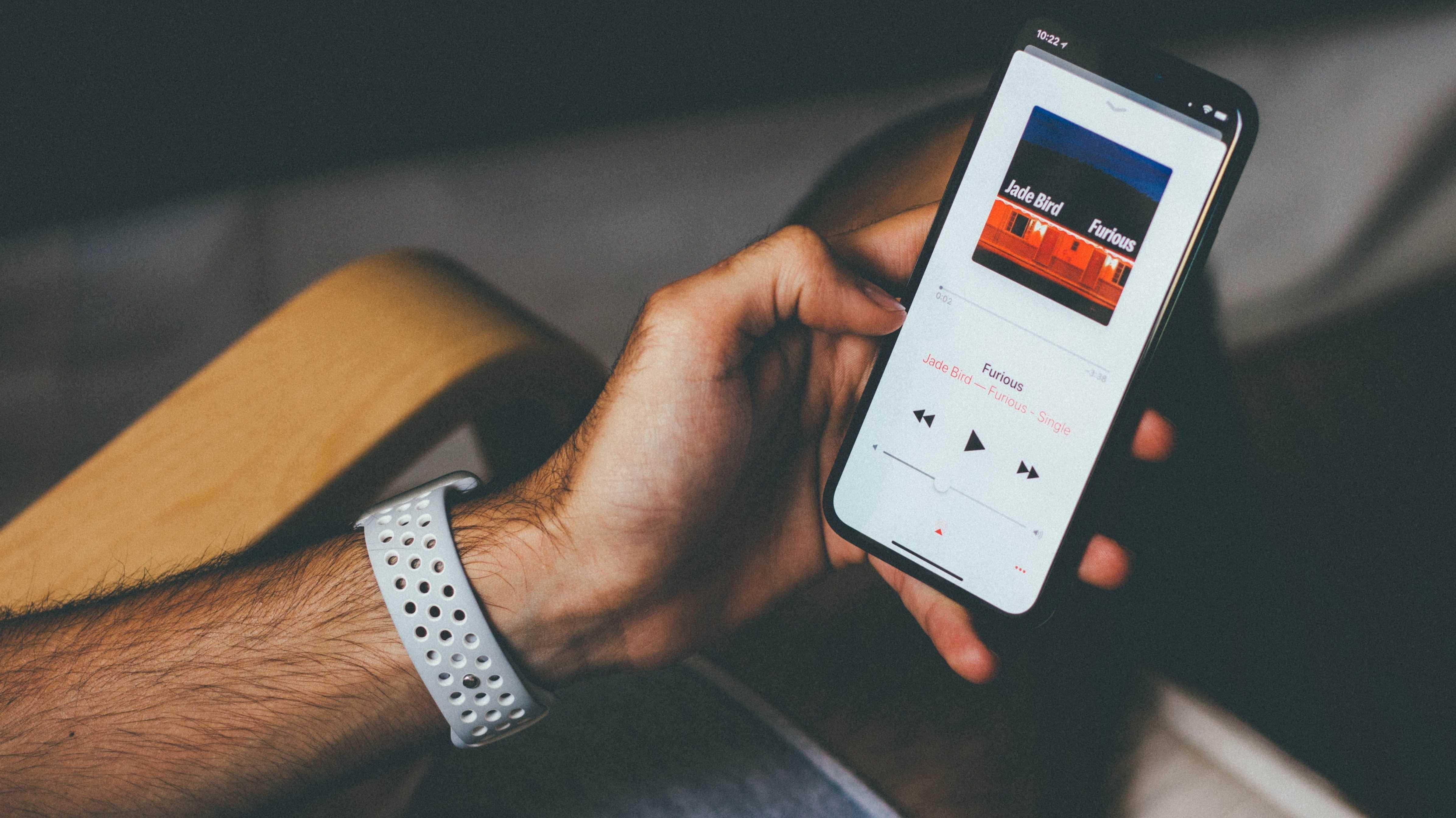 Nutzer beklagen sich über stromfressendes Apple Music