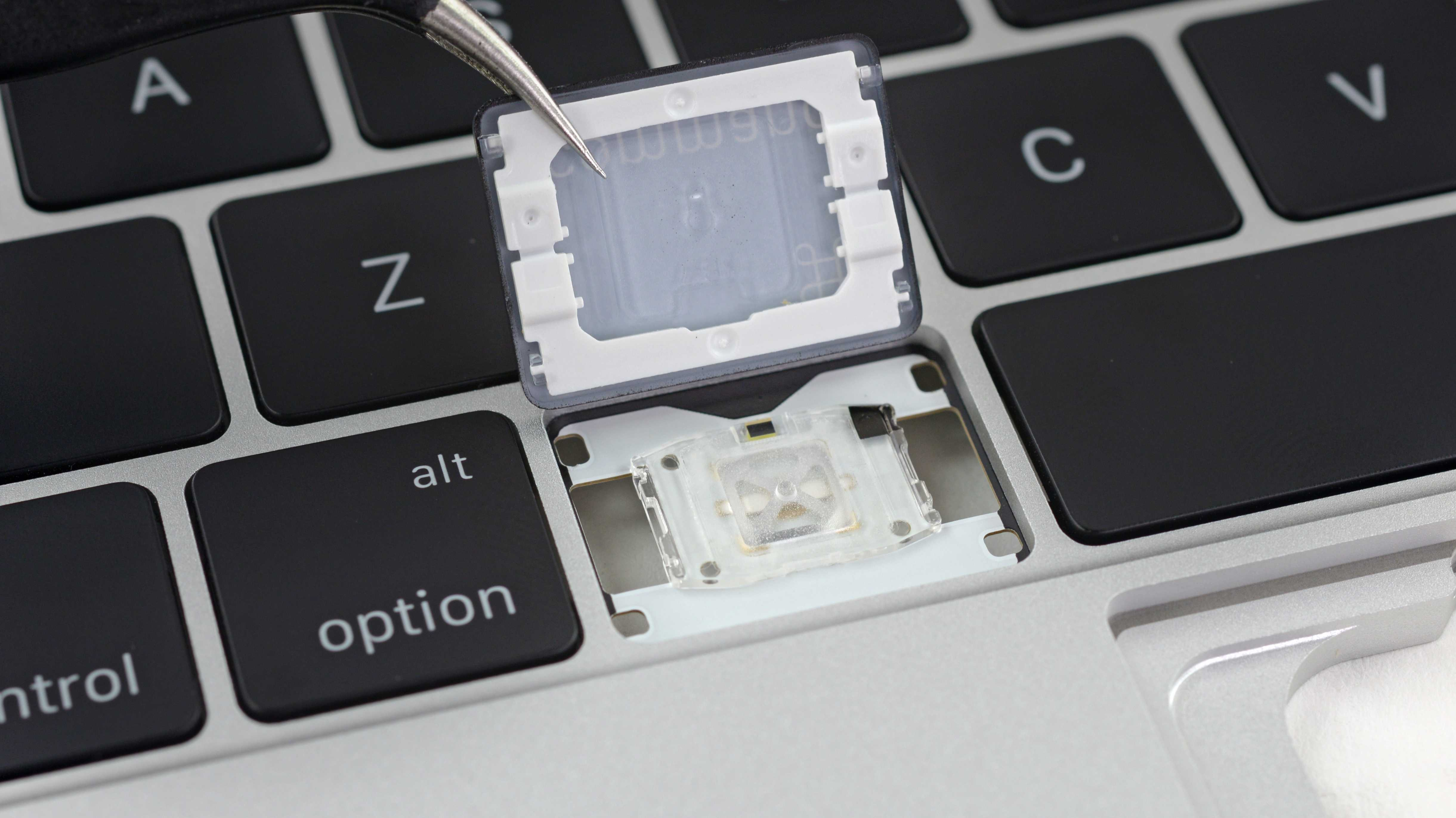 Neue MacBook-Pro-Tastatur leiser, aber nicht unbedingt robuster
