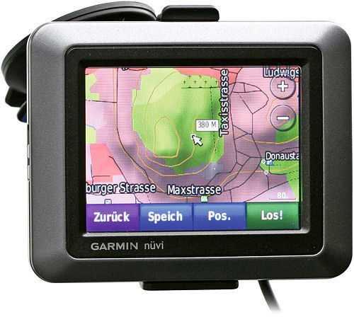 Hat man das Garmin nüvi 550 mit Topografiekarten ausgestattet, erweist es sich als hilfreicher Outdoor-Führer bei Wind und Wetter.