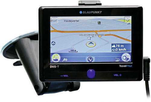 Das Blaupunkt Travelpilot 700 erkennt mit Hilfe einer integrierten Videokamera Verkehrsschilder für Geschwindigkeitsbegrenzungen.