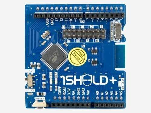 Das modernere 1Sheeld+ verwendet Bluetooth Low Energy und unterstützt die Kooperation von Arduino-Boards mit Android- und iOS-Geräten