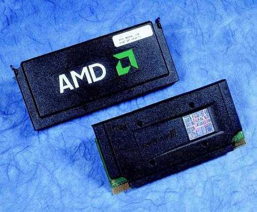 Die Slot-Module von Athlon-600 und Pentium-III-600 ähnelten sich äußerlich, aber