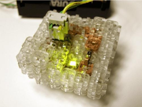 """Digital-Lego"" von Jonathan Ward"