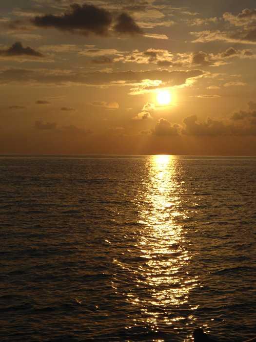 Die Sonne ist wohl jünger als große Teile unserer Ozeane.