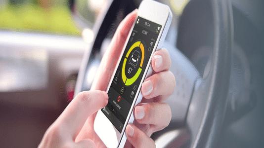 Smartphone überwacht Fahrverhalten