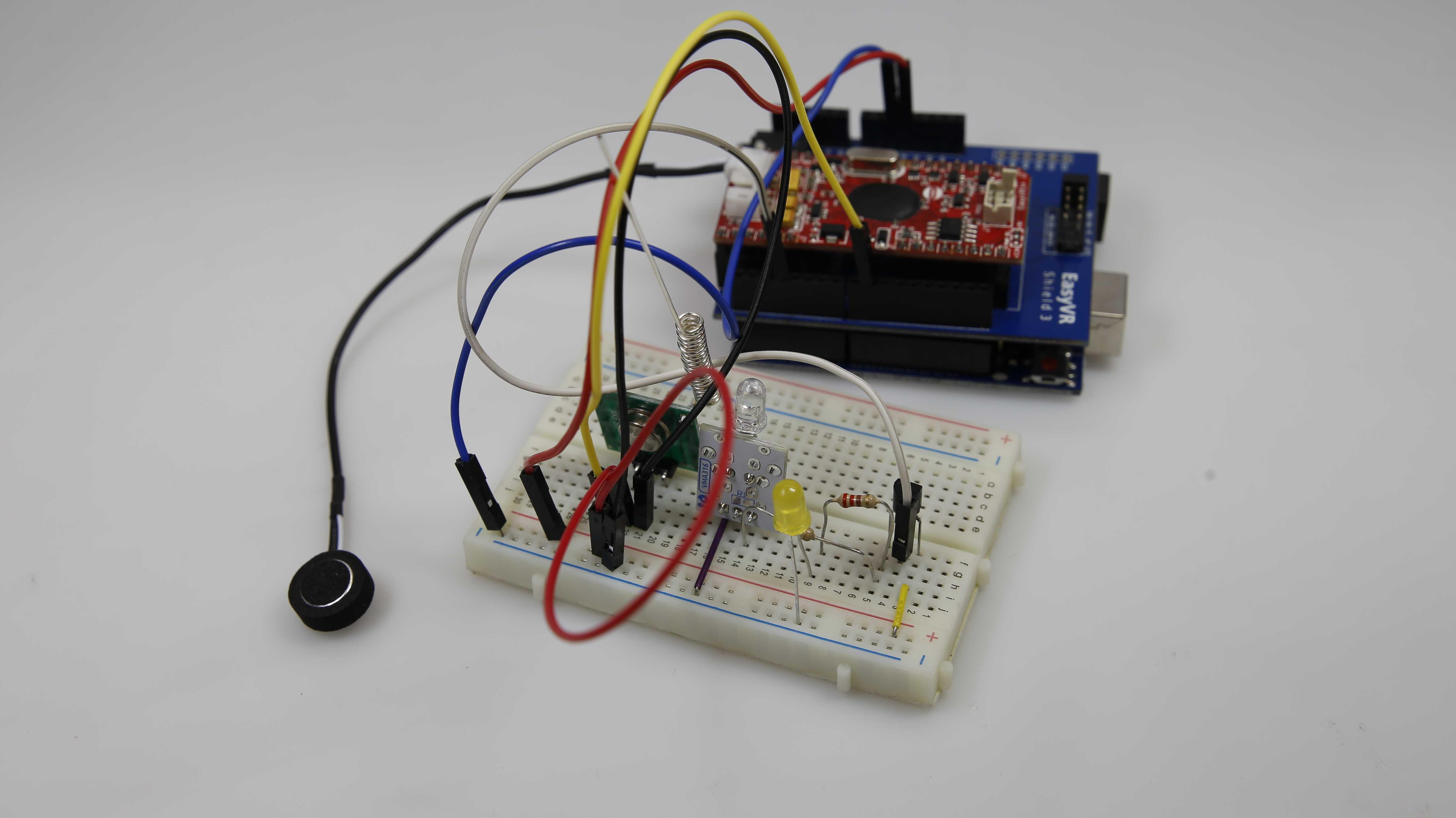 VideoTutorial: Sprachgesteuerte Infrarot- und Funk-Fernbedienung mit Arduino