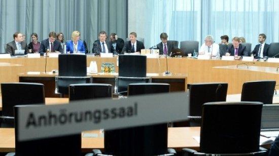 NSA-Ausschuss: BND zensierte im großen Stil Akten für die Abgeordneten