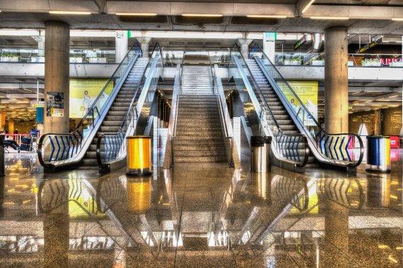Flughafen Mallorca; fast Menschenleer von LINUS (1)