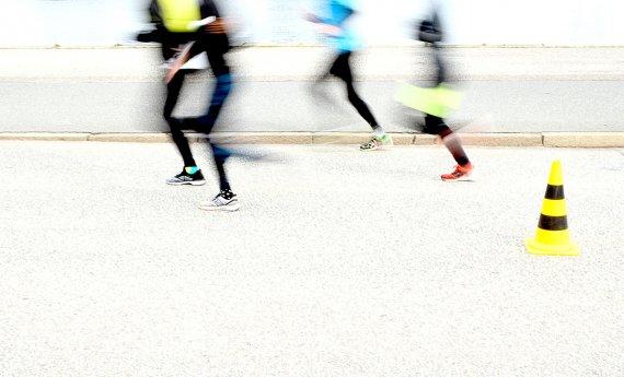 Running - 2 - von Labilla