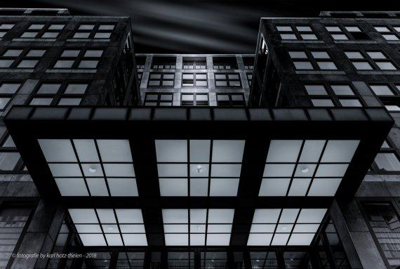 Fassade von Karl Hotz-Thelen