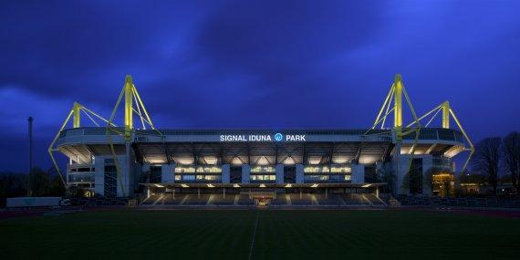 Signal Iduna Park - Borussia Dortmund von Dieter Golland