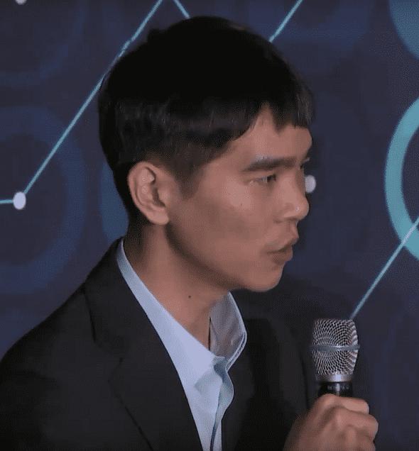 """Lee Sedol zum zweiten Spiel: """"Vom Beginn des Spiels an gab es keinen Moment, in dem ich mich in Führung fühlte."""""""
