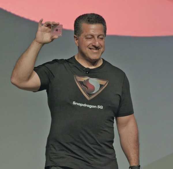 Qualcomm kanns – Apple bald auch? Alex Katouzian präsentiert die 5G-Plattform des Chip-Herstellers.