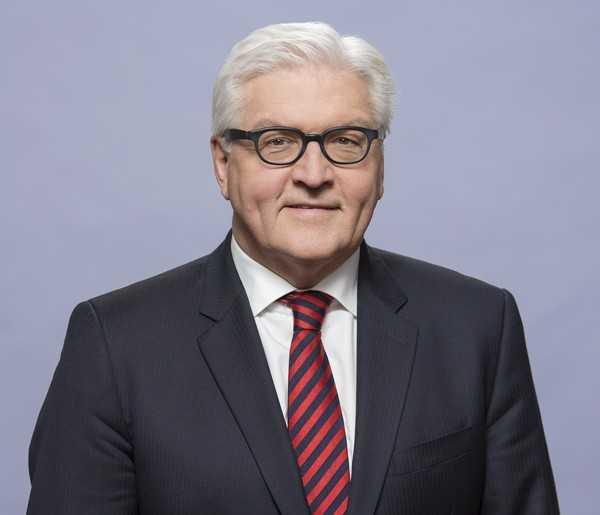 Auch Außenminister Frank-Walter Steinmeier fordert von den USA Aufklärung über die Spionagevorwürfe.