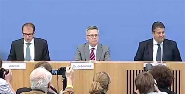 Dobrindt, de Maizière und Gabriel stellen die Digitale Agenda vor