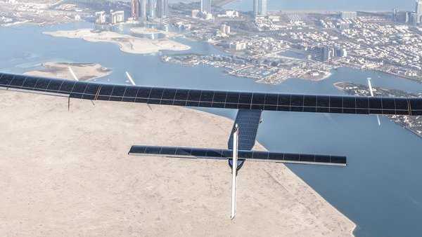 Solar Impulse 2: Sonnenflieger landet nach Weltumrundung in Abu Dhabi