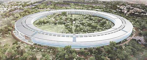 Nvidia betont: Ihr neues Hauptquartier ist das komplette Gegenteil vom neuen Apple-Raumschiff, nämlich nicht abgrenzend, sondern auf offene Zusammenarbeit ausgerichtet.