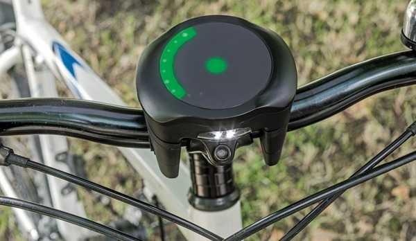 SmartHalo weist Fahrradfahrern den Weg.