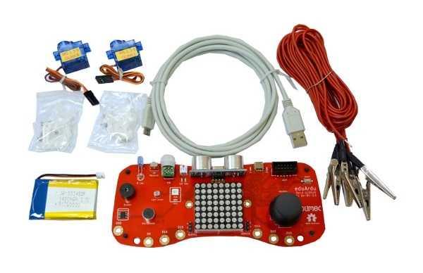 EduArdu mit Kabeln und Batterie