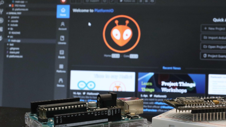 Mikrocontroller bequem programmieren mit PlatformIO