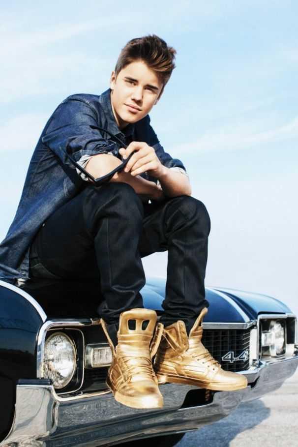 """""""Cut for Bieber"""": Der Popstar soll Ritzfotos seiner Anhänger zeitweise sogar auf seinen Online-Profilen öffentlich gemacht haben."""