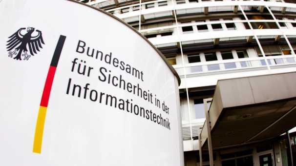 Cyberwehr: Innenministerium und BSI wollen IT-Spezialisten von Unternehmen ausleihen