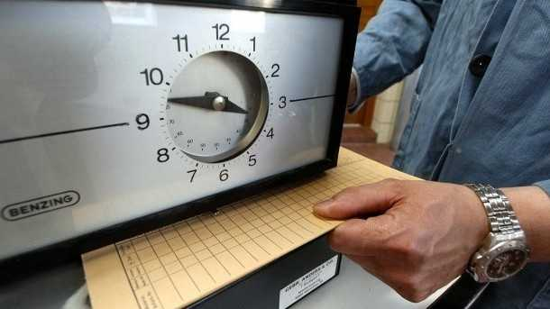 Wirtschaftsweise stoßen Debatte über 8-Stunden-Tag neu an