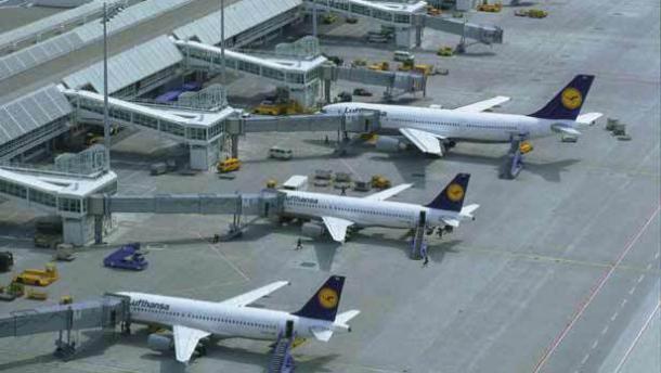 EU-Kommission plant Fluggastdaten fünf Jahre zu speichern