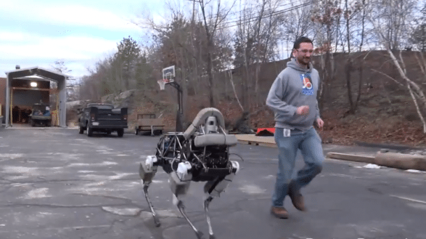 Spot: Boston Dynamics stellt neuen Laufroboter vor