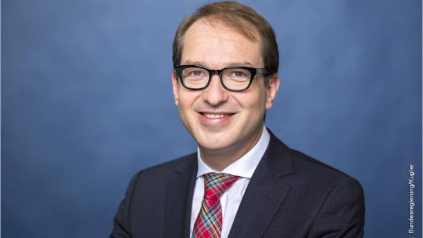 Dobrindt kündigt Milliarden-Investition in Breitbandausbau an