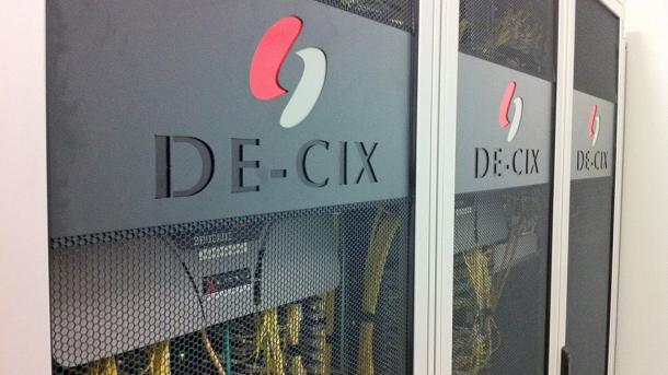 Betreiber des DE-CIX will gegen BND-Überwachung klagen