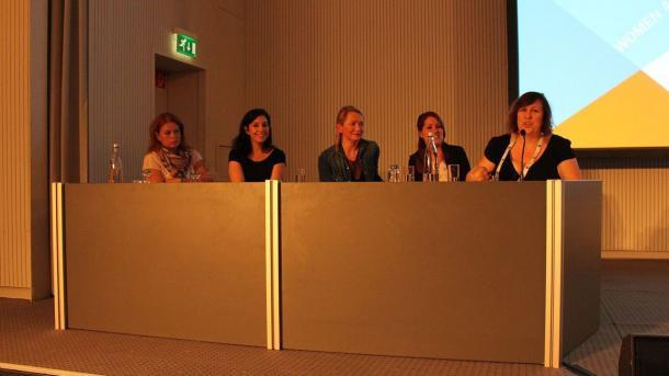 GDC 2015: Isabelle Tremblay (Square Enix), Cat Silvestre (NaturalMotion), Orna Holland (King), Kim Pasquin (Nvizzio Creations) und Fiona Cherbak (Gameloft)