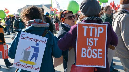 TTIP: EU und USA wollen umstrittenes Handelsabkommen 2016 besiegeln