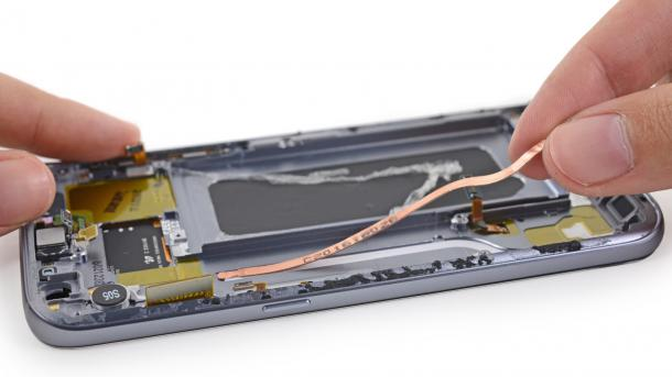 iFixit: Samsung Galaxy S7 ist schwer zu reparieren