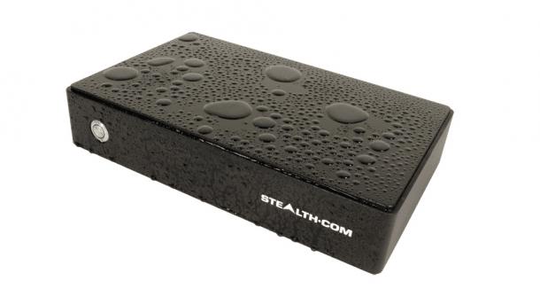WPC-725F: Stealth stellt wasserdichten und lüfterlosen Industrie-PC vor