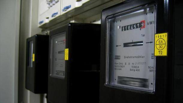 Haushaltsgeräte brauchen oft mehr Strom als angegeben