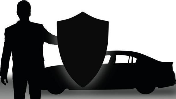 Lebensange Haftstrafe für Auto-Hacker gefordert